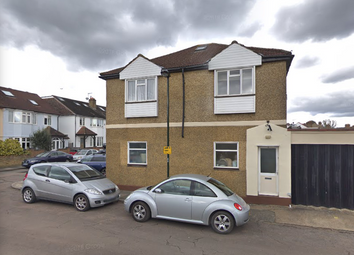 Thumbnail 2 bed flat to rent in Wayside, London