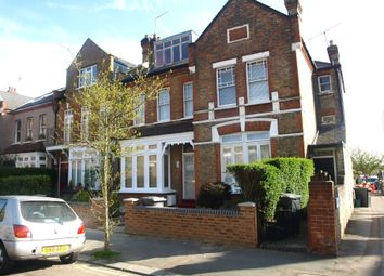 Thumbnail 2 bed flat to rent in Elder Avenue, Crouch End, London
