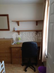 4 bed shared accommodation to rent in St Peters Place, Canterbury, Kent CT1