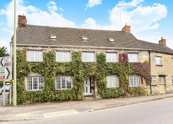 Thumbnail 5 bed terraced house for sale in Newland, Witney