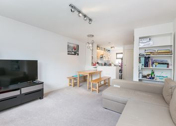 2 bed maisonette to rent in Whiteadder Way, Mudchute E14