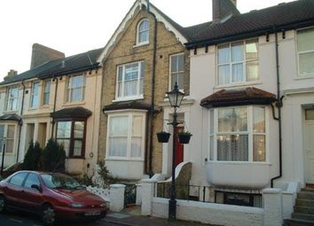 Thumbnail 2 bed flat to rent in Norwood Street, Ashford
