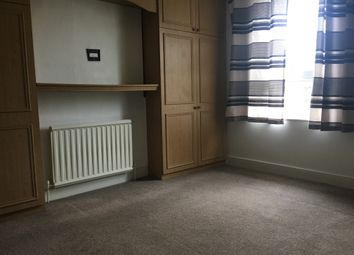 Thumbnail 1 bed flat to rent in Pembroke Road, Seven Kings
