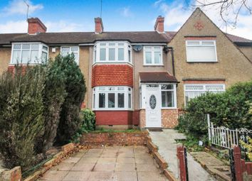 3 bed terraced house to rent in Carr Road, Northolt, Middlesex UB5