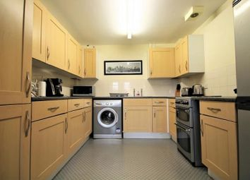 Thumbnail 2 bedroom flat for sale in Hainault Road, London, Greater London.