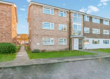 Thumbnail 2 bed flat to rent in Westbourne Avenue, North Cheam, Sutton