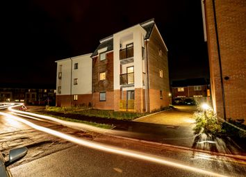 Thumbnail 2 bed flat for sale in Putman Street, Aylesbury