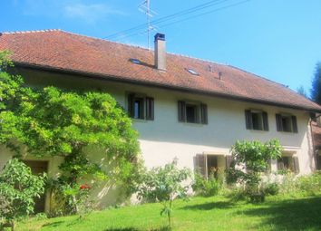 Thumbnail 6 bedroom cottage for sale in Switzerland
