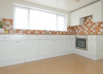 Thumbnail 3 bed flat to rent in Queen Street, Ramsgate