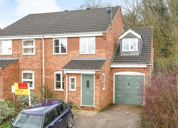 Thumbnail 4 bed semi-detached house for sale in Littleworth, Oxfordshire