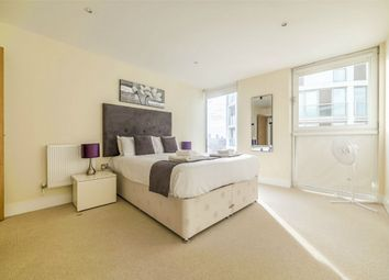 Thumbnail 1 bedroom flat for sale in Cobalt Point, 38 Millharbour, London