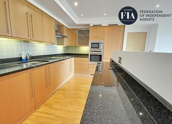 2 bed flat to rent in Point Wharf Lane, Ferry Quays, Brentford TW8