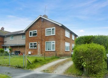 Thumbnail 2 bedroom flat to rent in Shaftesbury Avenue, Swindon, Wiltshire