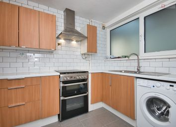 2 bed maisonette to rent in Louise De Marillac House, Smithy Street, London E1
