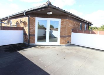 Thumbnail 3 bed flat to rent in Broadway, Grimsby