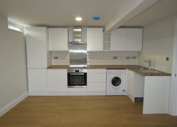 2 bed flat to rent in Worting Road, Worting, Basingstoke RG22