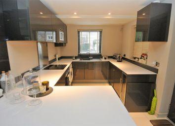 Thumbnail 2 bed property to rent in Queens Road, Weybridge