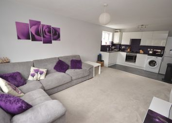 Chessington Hall Gardens, Chessington, Surrey. KT9. 2 bed flat