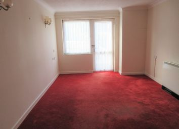 Thumbnail 1 bed flat to rent in Homecrest House, Grosvenor Crescent, Scarborough, North Yorkshire