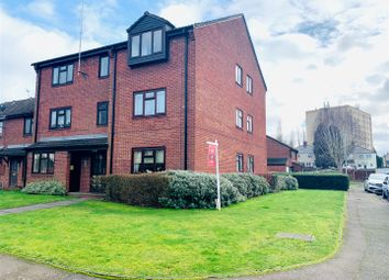 1 bed flat to rent in Merstone Close, Bilston WV14