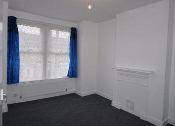 2 bed maisonette to rent in Burford Road, Catford SE6