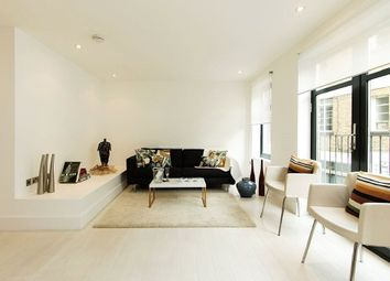Thumbnail 2 bed flat to rent in Hatton Place, London