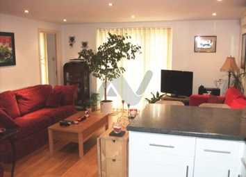 Thumbnail 3 bed flat to rent in Park Road, New Barnet