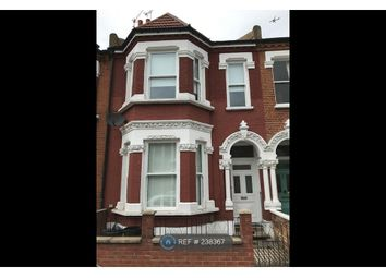 Thumbnail 1 bed flat to rent in Wandsworth, London