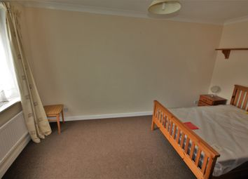 Thumbnail Room to rent in Parklands Drive, Chelmsford