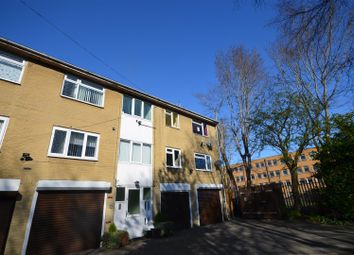 2 bed flat for sale in Craven Court, Halifax HX1