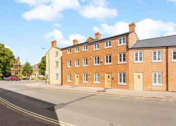 Calthorpe Heights, 15/16 South Bar Street, Banbury, Oxford OX16. 1 bed flat