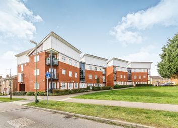 Thumbnail 2 bed flat for sale in Eddington Crescent, Welwyn Garden City