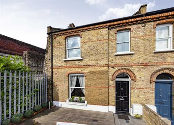 Thumbnail 5 bed property for sale in Leamore Street, London