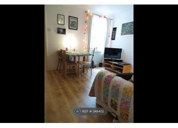 Thumbnail 1 bed flat to rent in Cavendish Road, Cambridge