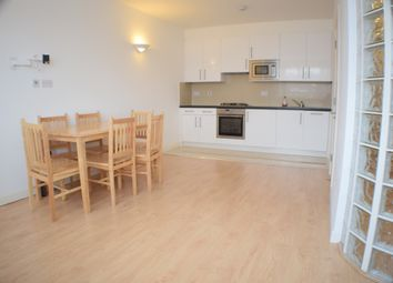 Thumbnail 2 bed flat to rent in Golders Green Road, Golders Green, London