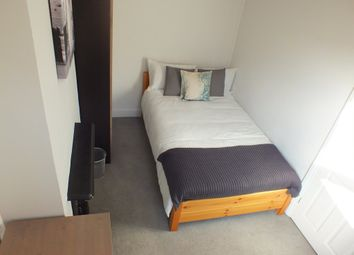 Thumbnail Room to rent in Swansea Road, Reading, Berkshire