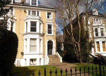 Thumbnail 2 bedroom flat to rent in Cambridge Park, Twickenham