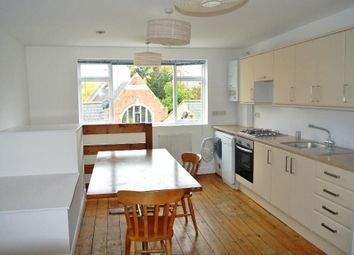 Thumbnail 1 bed flat to rent in Creek Road, London
