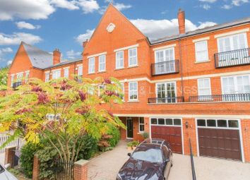 Thumbnail 4 bed town house to rent in Rosebury Square, Woodford Green