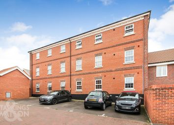 Thumbnail 2 bed flat to rent in Trinity Square, Loddon, Norwich
