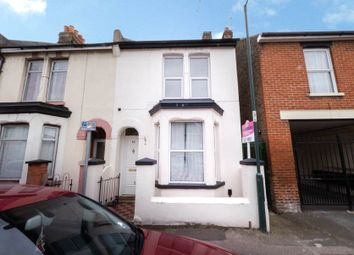3 bed terraced house to rent in Livingstone Road, Gillingham, Kent ME7
