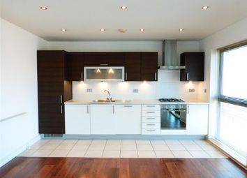 Thumbnail 2 bed flat to rent in Bond Street, Chelmsford