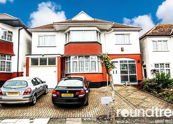 4 bed property to rent in Crespigny Road, Hendon, London NW4