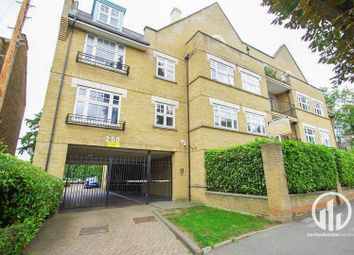 Thumbnail 3 bed flat to rent in Rosendale Road, London