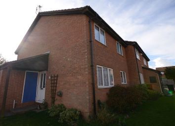 Thumbnail 1 bed property to rent in Fairlop Close, Calcot, Reading