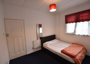 Thumbnail Room to rent in Blackmore Avenue, Ealing