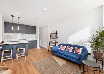 Thumbnail 1 bedroom flat to rent in Replingham Road, Southfields
