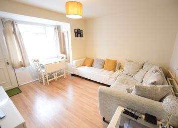 Thumbnail 1 bed flat to rent in Whitley Wood Road, Reading, Berkshire