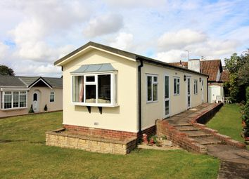 Thumbnail 2 bed mobile/park home to rent in Valdean Home Park, Alresford