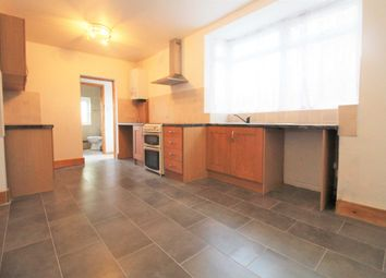 3 bed terraced house to rent in Benares Road, London SE18